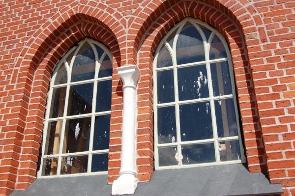 Vorupør Kirke vinduespartier